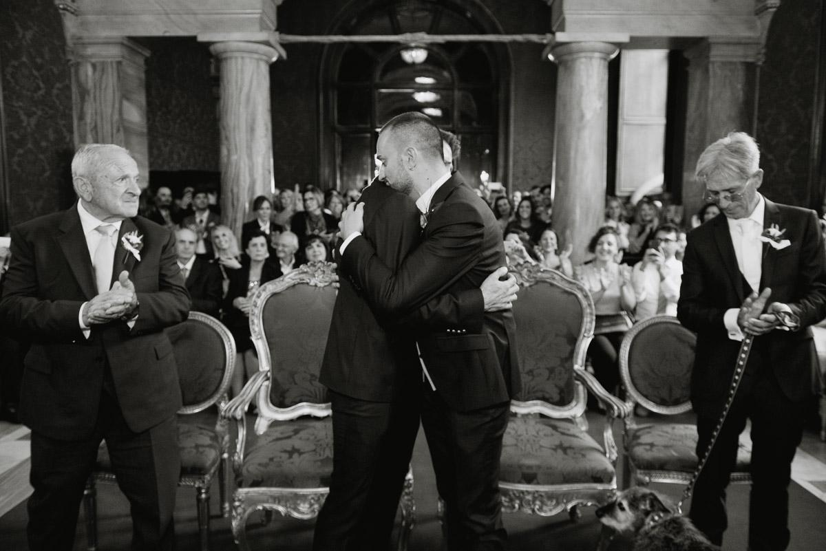 italy romantic gay wedding photography