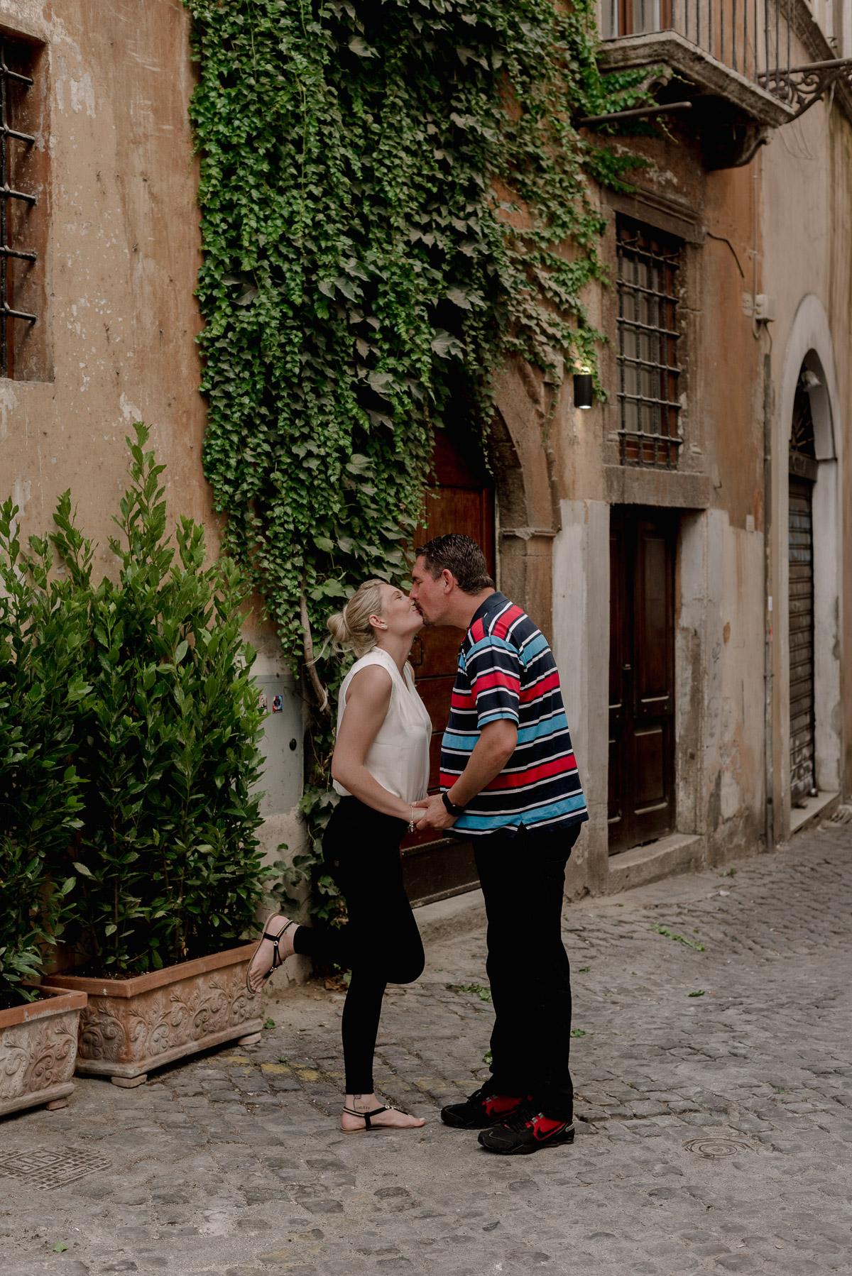 italian fairytale - intimate wedding and elopemnt photographer
