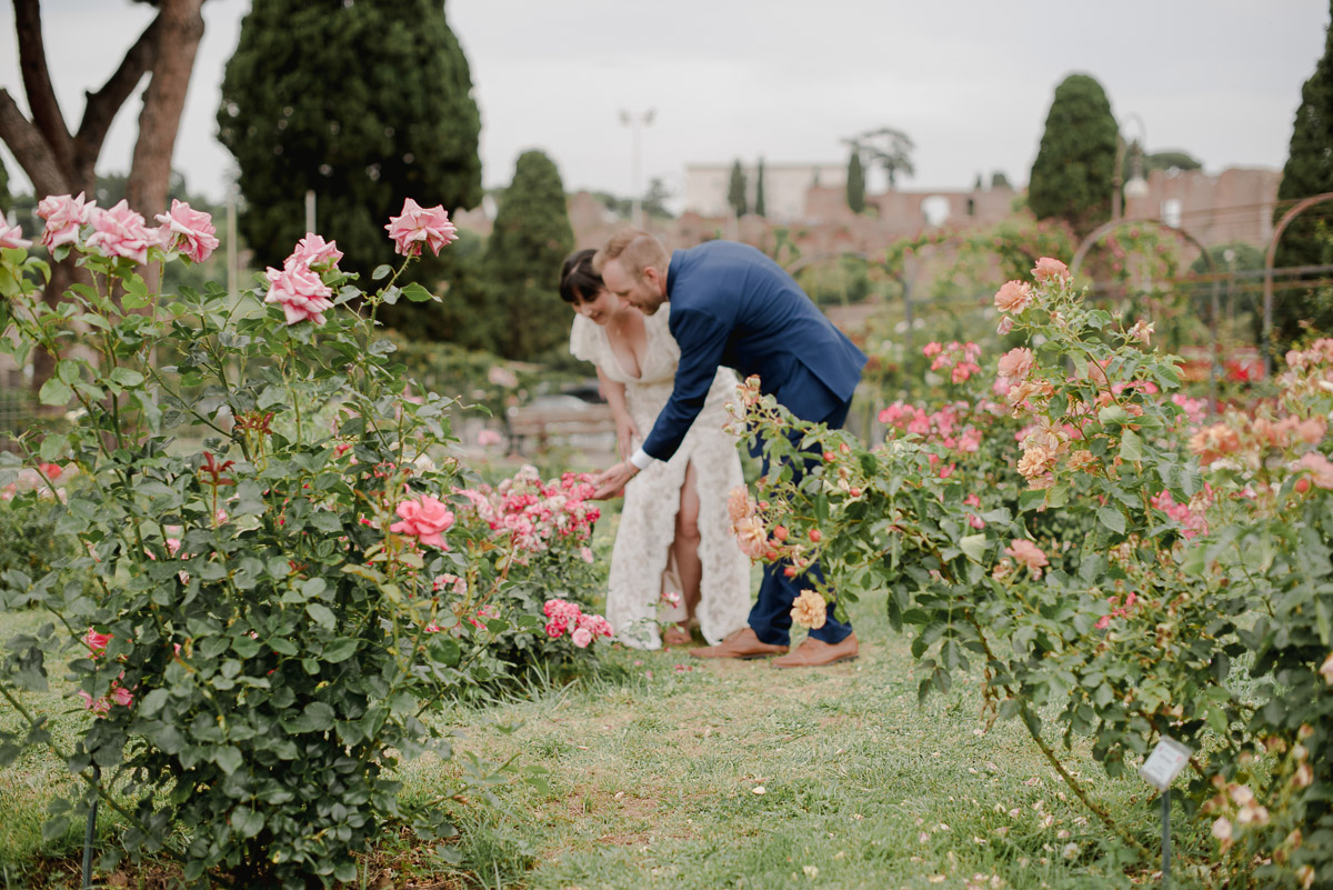 intimate elopement photography in rome